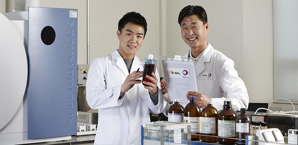 STLC researchers develop enhanced lubricants.